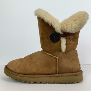 Ugg Australia Bailey button boot chestnut